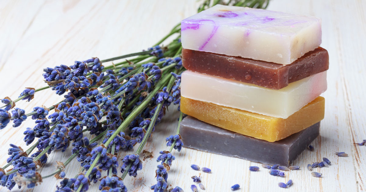 How To Make Soap For Beginners - Living on a Dime