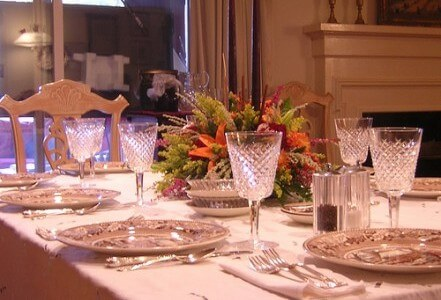 Setting up for thanksgiving living on a dime for How to decorate a thanksgiving table on a budget