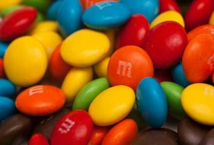 M&M Marshmallow Bars