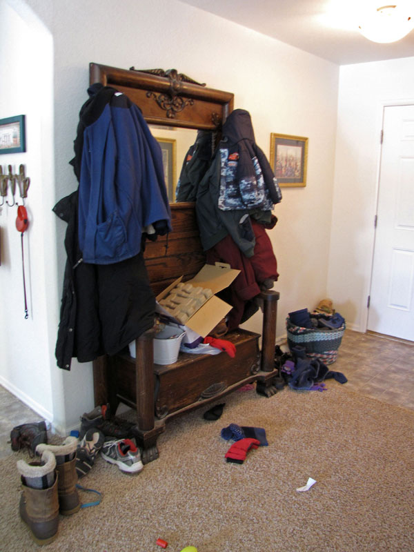 Organizing Your Home My New Coat Rack And Entryway