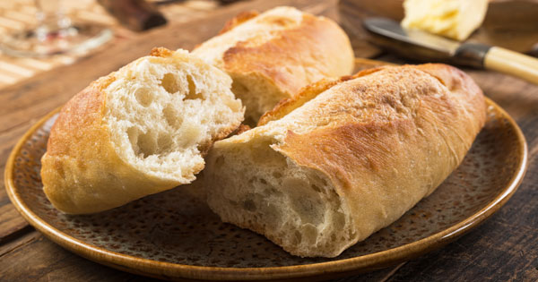 Easy Homemade French Bread Recipe - Living on a Dime To ...